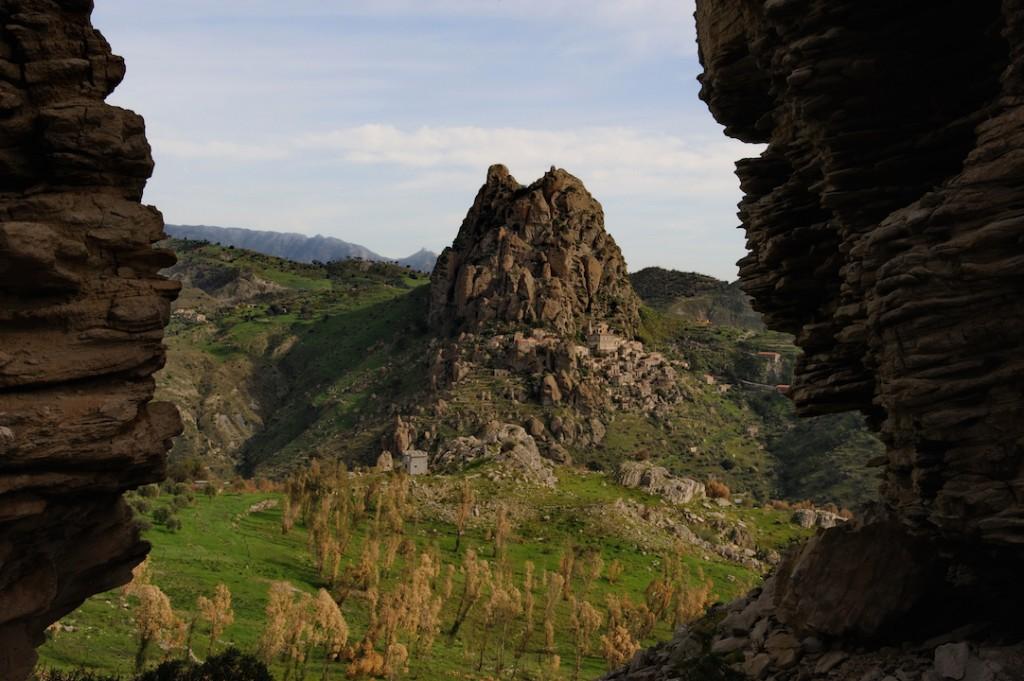 TREKKING from Montebello to Pentedattilo