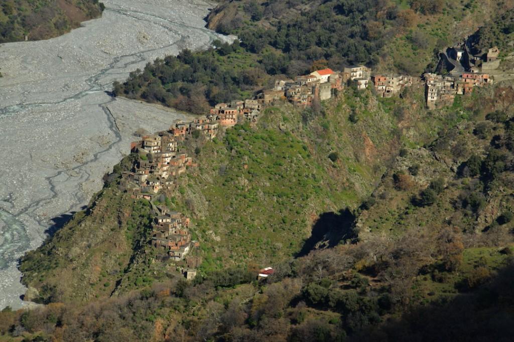 TREKKING from Bova to Roghudi Vecchio