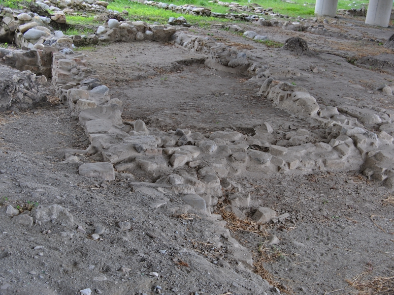A visit to the Archeoderi archaeological site and its treasures